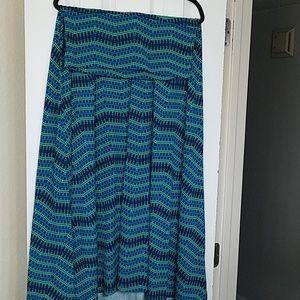 Lularoe Maxi sz M, slinky fabric green, teal, blue